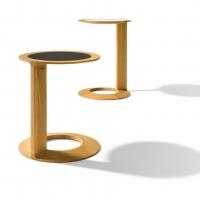 TEAM 7 presenta loop: la forma sinuosa del legno naturale