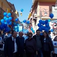 """Mariglianella: L'Istituto Comprensivo """"Giosuè Carducci"""" in marcia per sensibilizzare sull'autismo. L'Amministrazione Comunale partecipa."""