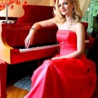 Oksana Kolesnikova, pianista delle Star, e Dr. Viossy, virtuoso della chitarra