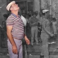 Brusciano piange la dipartita di Rocco Romano, detto O' Ciglia Janca, storica figura della Festa dei Gigli.  Lunedì 17 Aprile alle ore 10.0 Esequie da casa sua in Via Cimitero n. 49 (Scritto da Antonio Castaldo)