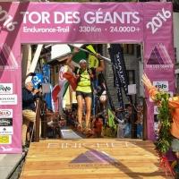 Oliviero Bosatelli vince il Tor des Chateaux, ultratrail di 170km