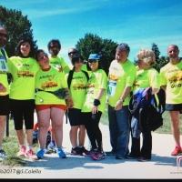 Intera squadra di atleti con disabilità visiva alla Staffetta Sport Against Violence