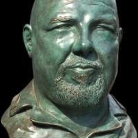 Inaugurato busto alla memoria creato da Roberto Piaia