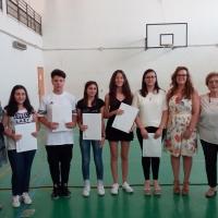 """Mariglianella Assegnazione delle Borse di Studio del Sindaco Felice Di Maiolo a studenti meritevoli dell'I. C. """"Carducci""""."""