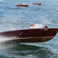 I motoscafi, le vele, le Jaguar e i velivoli storici: celebrati sul Lago Maggiore i 30 anni dell'Associazione Scafi d'Epoca e Classici
