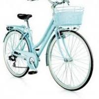 Le city bike fanno bene alle donne: ecco perché