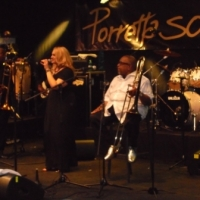 "TAMMY CANTA ""GET ON THE GOOD FOOT"" INSIEME ALLO STORICA BAND DI JAMES BROWN"