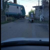 A Velletri un passaggio a livello pericoloso