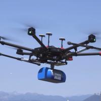 AXA Italia premia l'innovazione di ABZERO-X, un drone per la vita  Al vincitore di #NatiPer 2017 un premio del valore di 50.000 euro