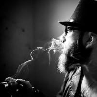 Allo Sparwasser lo show del bluesman milanese.