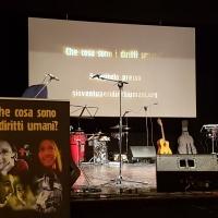 I Diritti Umani al IV Concerto per la Pace e Vita di Hernan e Friends