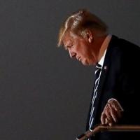 Trump: scontro con servizi segreti Usa: