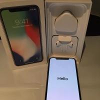Apple iPhone X €450 iPhone 8 €370 iPhone 8 Plus €400 iPhone 7 €300