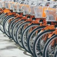Biciclette elettriche, molte sono made in China: contestazioni, dazi e opportunità