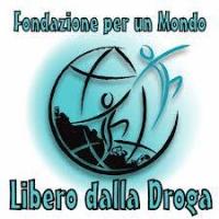 Contro una minoranza di criminali spacciatori, l'impegno totale dei volontari di Fondazione per un Mondo Libero dalla Droga.