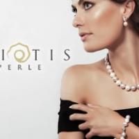 Per chiunque cerchi un gioiello con perle la risposta è la ricca collezione di Eliotis Perle.