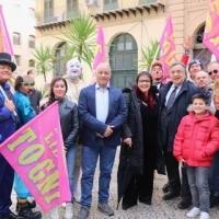 Il Circo Lidia Togni con la sua allegria conquista i palermitani  parata per le vie del centro
