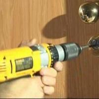 Anche la porta blindata può essere aperta dai ladri