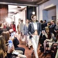 Opening Milan Fashion Week by Elena Savò, passerella di successo e innovazione