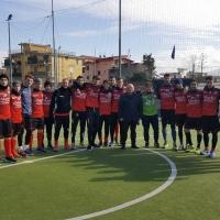 """Mariglianella: Palmese Calcio ospitata in allenamento nell'impianto sportivo """"Marco Cucca"""" in un positivo scambio culturale e sportivo."""