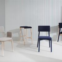 Scuele, la collezione di sedute Blifase che prende ispirazione dai banchi di scuola