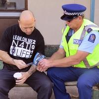 La campagna di prevenzione sulla droga di Scientology arriva nelle carceri della Nuova Zelanda