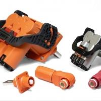 RS Components inserisce a catalogo i connettori ad alta potenza Amphenol per veicoli ibridi ed elettrici
