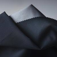 È nato un nuovo materiale ultraresistente e sostenibile: Fjällräven presenta Bergshell