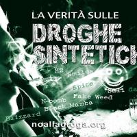 A Livorno e a Firenze i volontari di Scientology distribuiscono opuscoli informativi sulla droga