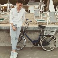 """""""Sogni di carta"""": l'ultimo singolo di Enrico Nadai"""