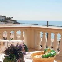 Villino Gregoraci - I migliori appartamenti fronte mare a Civitavecchia