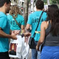 I volontari della Chiesa di Scientology in azione contro la droga a Lucca e a Firenze