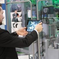 Applicazioni di successo con la realtà virtuale per le fiere – la virtualizzazione dello stand fieristico