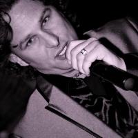 Il cantante Angelo Seretti riceve un'attestato di stima dalla città di Velletri,dallo scrittore Gianni Molisina e dal cantautore Giuseppe Consoli.