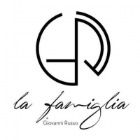 """Giovanni Russo inaugura la sua nuova pizzeria """"La Famiglia""""  a Casapulla"""
