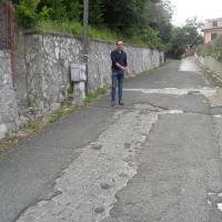 De Pierro denuncia degrado strade a Roccagiovine