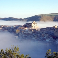 Autunno diffuso a Monterosso Almo, tra i borghi più belli d'Italia: il 3 novembre si celebra il gusto.