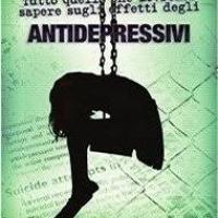 I farmaci antidepressivi possono causare comportamento violento, fino all'omicidio.