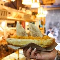 """La Fattoria degli Esposti presenta lo street food """"Varchetella"""", la tradizione si fa gourmet ai decumani"""