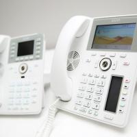 Il telefono da tavolo come oggetto d'arredo