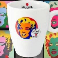 Un Natale con le Mugs di Andy Warhol  un'idea di Manuel Caffè