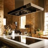 Cappe aspiranti da cucina Franke: robuste e funzionali, quando necessitano assistenza?