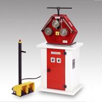 Curvatrice universale Infismac CM 50 2V: perfezione industriale al servizio dei serramentisti