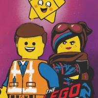 """Lucy e Emmet protagonisti della """"Street art"""" in via della Frezza. Nella prima concept street del mondo anche gli eroi di The LEGO® Movie 2"""
