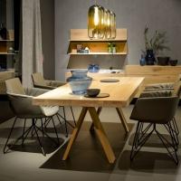 TEAM 7 presenta tema, il tavolo geniale che si trasforma in un solo gesto