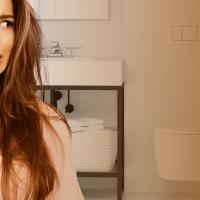 Addetti alle pulizie dei bagni: un mestiere difficile e fondamentale per tutti