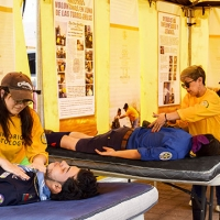 Tendone giallo dei Ministri Volontari – a Pozzoleone