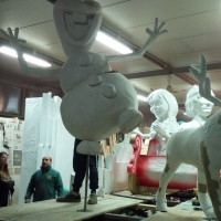 -Brusciano: Giovanni Vecchione, detto Bebé, dopo i carri di Carnevale, inizierà i lavori per il Giglio della Gioventù. (Scritto da Antonio Castaldo)
