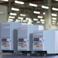 RS Components inserisce a catalogo i convertitori di frequenza industriali Rexroth per applicazioni di automazione