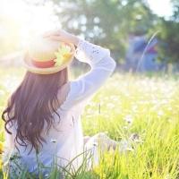 Abbigliamento alla moda per colorare la tua primavera 2019